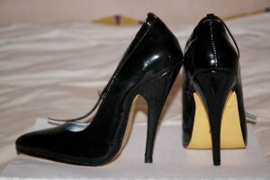 Weaver's initiative to ban mandatory high heels passes